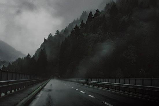 carretera tenebrosa inglaterra